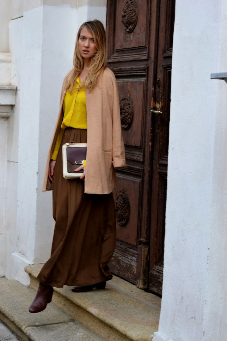 Style of Lucie Redlich: shirt and skirt Zara