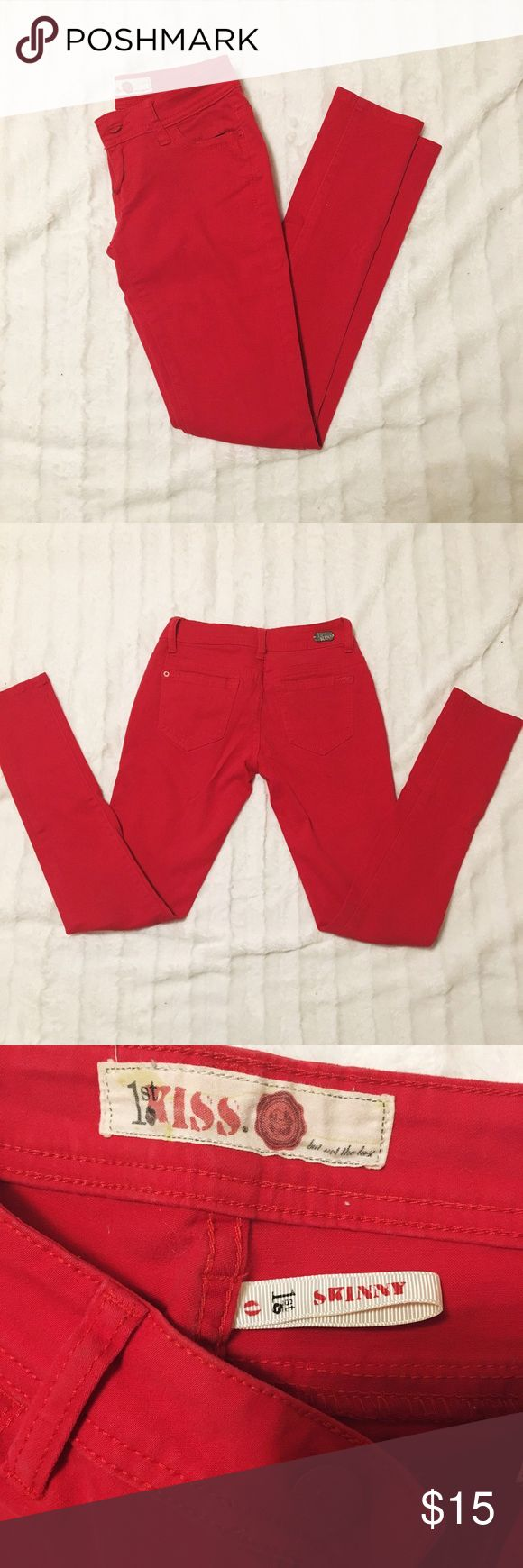 Red skinny pants Barley worn red skinny pants! Tight fitting size 0 but closer to 00 they do have some stretch! Pants Skinny