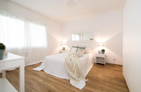 die 25 besten ideen zu dunkle schlafzimmer auf pinterest sexy schlafzimmer design schwarze. Black Bedroom Furniture Sets. Home Design Ideas