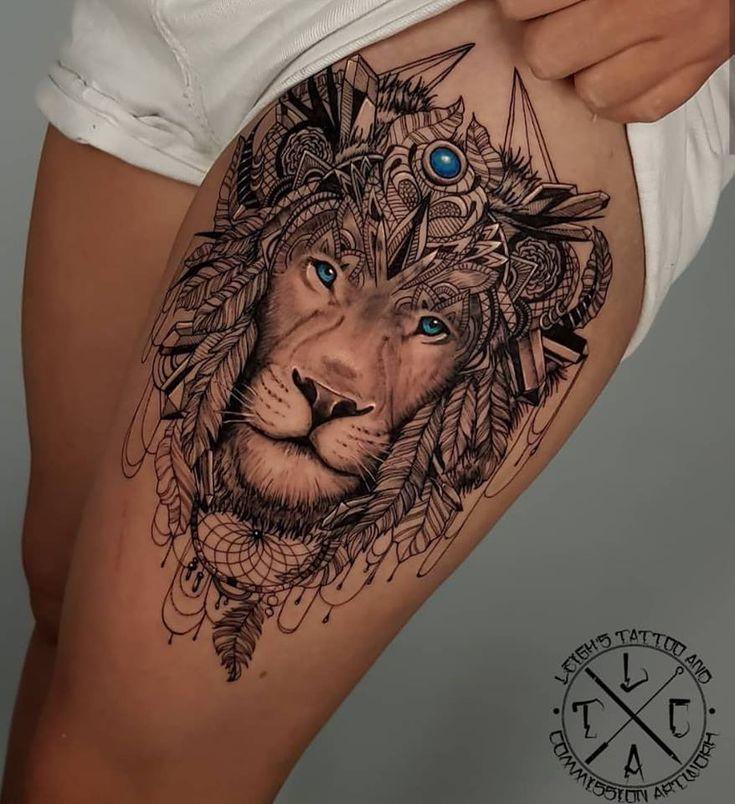 Tattoo auf dem Oberschenkel