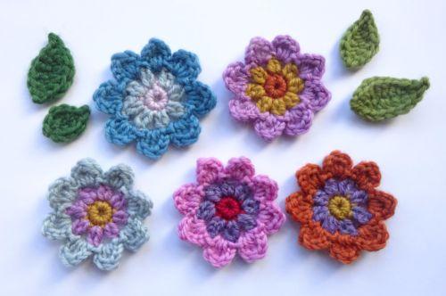 Attic 24 free pattern - Flora's flowers