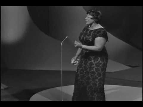 I always wanted to be a singer as far as I can remember. One day my Gana and Papa had an Ella Fitzgerald record playing and I was floored. My first experience with jazz and scat singing was love at first note!