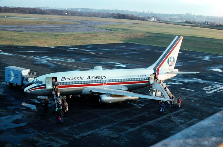Boeing 737: 19710 737-204 G-AVRM Britannia Airways Newcastle Airport