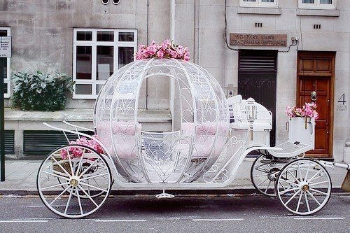 The fairy tale time begins in a #wedding carriage.