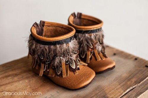 Acorn Feather Fringe Boots