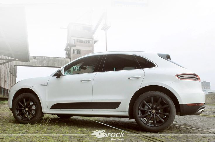 #Porsche #Macan #PorscheMacan #Brock #B32 #Porschewheels #BrockB32 #Brockwheels #Alloywheels #Tuning #White #Car