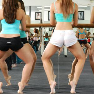 3 Barre Workouts to Tone Your arms, butt, and legs! All you need is a counter top or table!