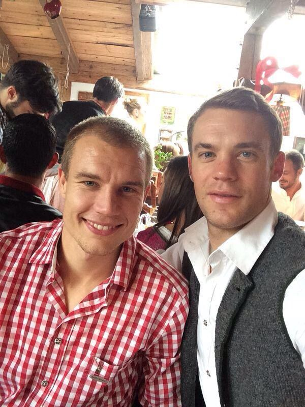 Manuel Neuer with Holger Badstuber at oktoberfest 2014
