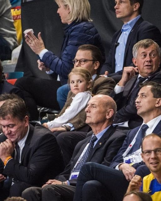 Prince Daniel of Sweden and his daughter Princess Estelle in the first game of the 2016 European Women's Handball Championship in Stockholm on 4 December 2016