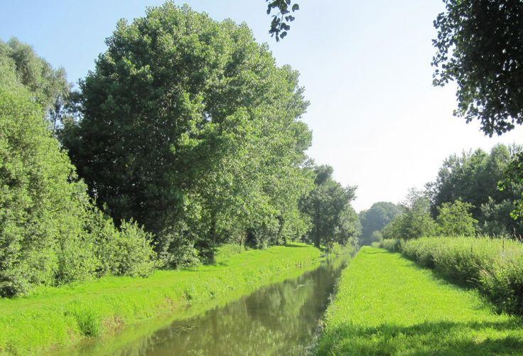 Canal de Saint Quentin, Picardie, France