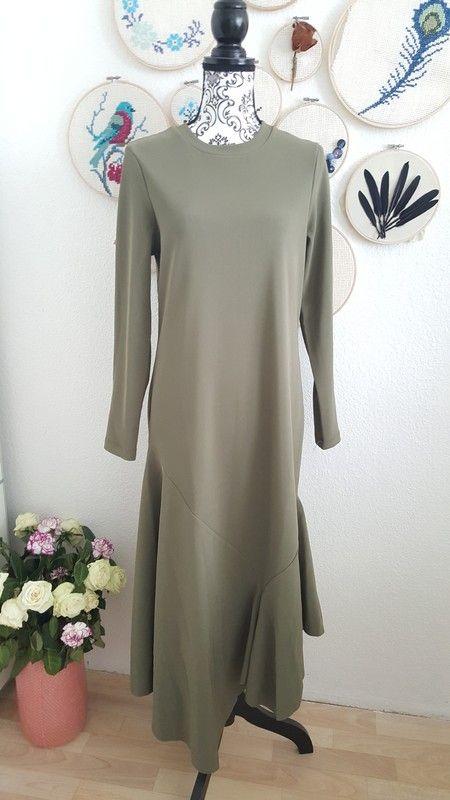Langärmeliges Kleid mit Zipfelsaum asymmetrisch in khaki grün neu Maxikleid