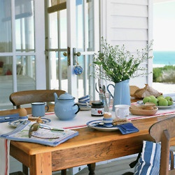 Nice and breezy......: At The Beaches, Dining Area, Tables Sets, Back Porches, Breakfast Tables, Beaches Houses, Farms Tables, Blue And White, Beaches Cottages