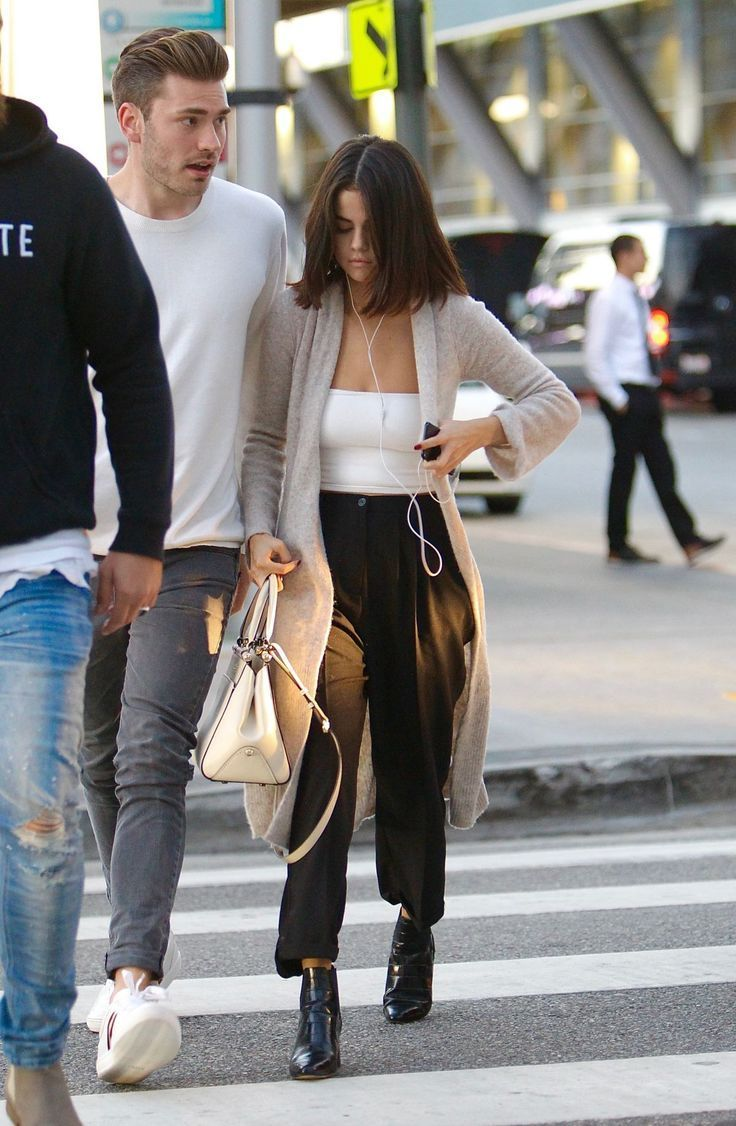 Selena Gomez Out In Los Angeles Celebrity Fashion And Style