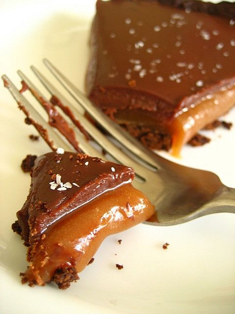 ... half as good as it looks I'll be thrilled. // Chocolate Caramel Tart
