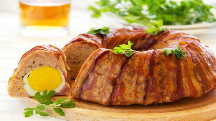 Пасхальный мясной хлебец в беконе
