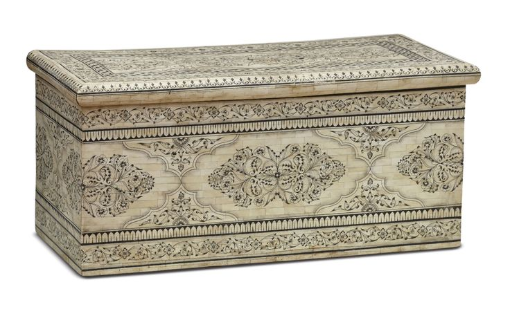 Craftsmen skilled in working with ivory found in bone an alternative medium and a viable livelihood. Bone #inlay furniture is almost unique to #Jodhpur, Rajasthan. Local artisans procure pre-processed camel bones from workshops located in Sambhal, Uttar Pradesh. The entire surface of this chest features bone work painted with elaborate motifs.#Rajasthan, #20thCentury