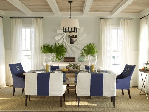 Blue and white delight in the nautical dining room