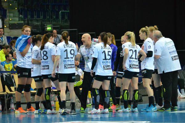 Handball Bundesliga: SG BBM Bietigheim und Thüringer HC siegten. Handball Bundesliga Frauen: Das Spitzentrio marschiert vorne weg,  ...