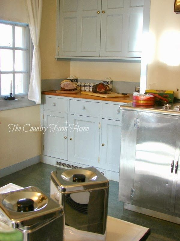 44 best images about bassett hall colonial williamsburg for Roy s country kitchen