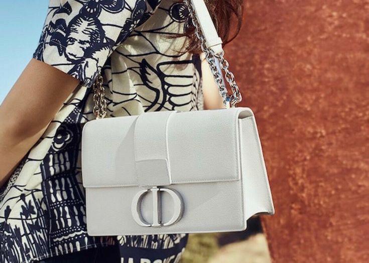 Xᴏʟᴇɴɴɪᴇᴍɪʀᴀɴᴅᴀ On Pinterest In 2020 Chanel Bag Women Handbags Burberry Bag