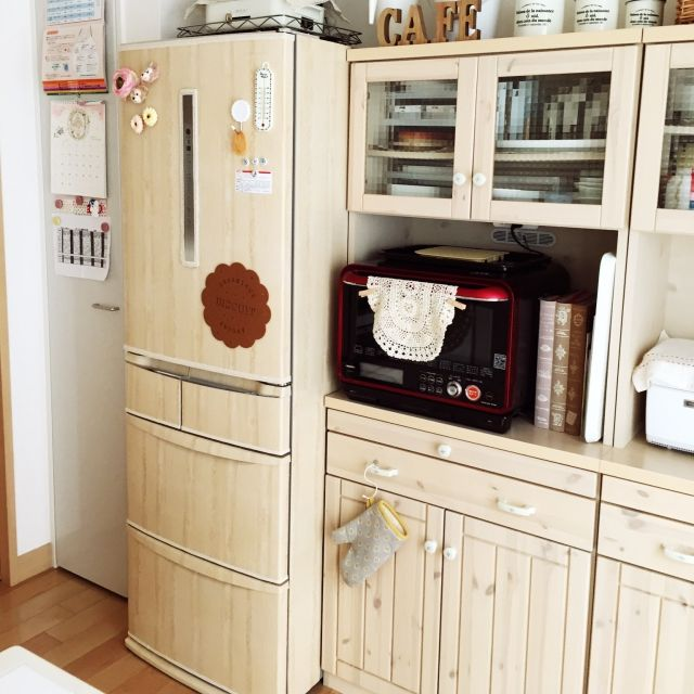 kumachanさんの、ハンドメイド,ナチュラル,セリアレンガシート,リメイク,手作り,冷蔵庫リメイク,セリア,100均,リメイクシート,キッチン,のお部屋写真