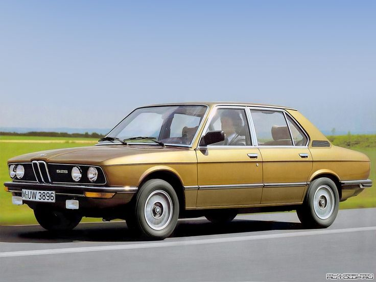 E12 BMW 525 in Ceylon gold