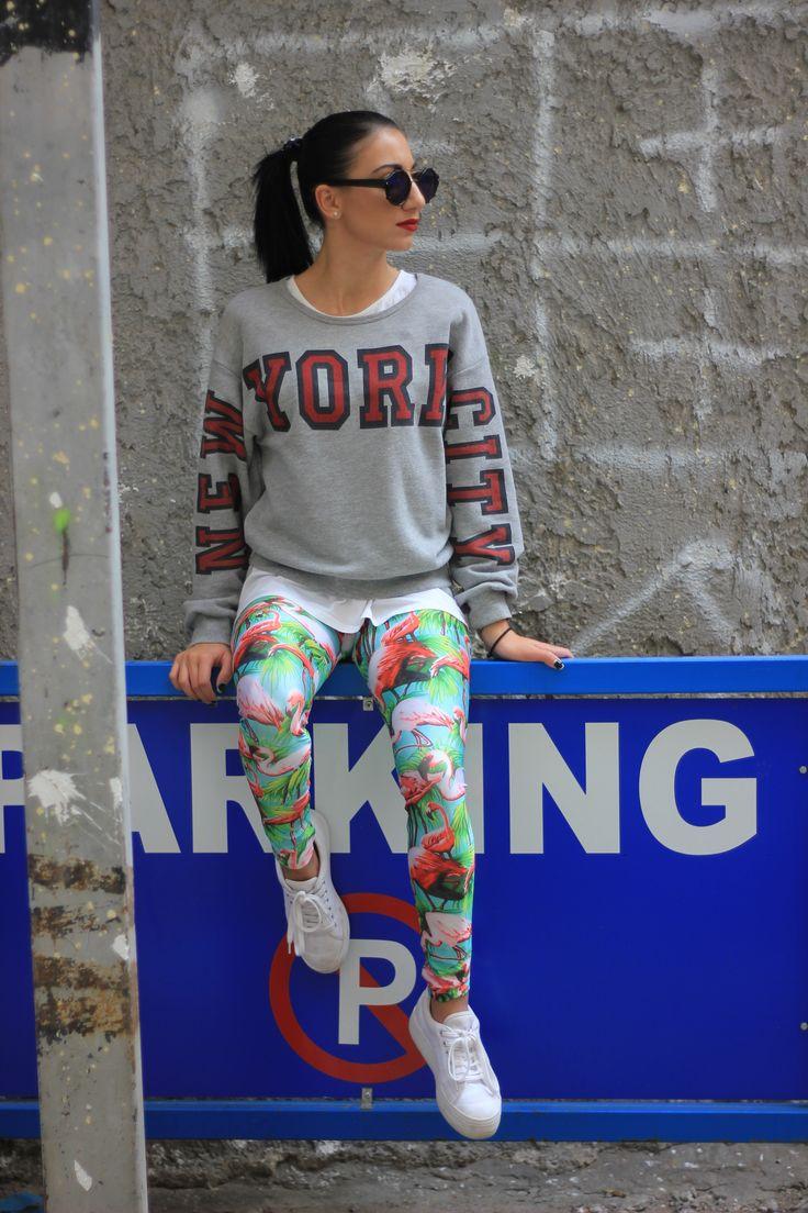 Giota with the flamingo PCP leggings