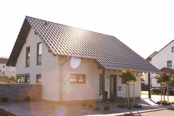 Zweigeschossige Häuser bieten viele Vorteile: sie sind oft die kostengünstigeren Lösungen, da man in die Höhe und nicht in die Breite baut. Aber wie geht es mit der Innenarchitektur weiter? In diesem Ideenbuch verraten wir euch, wie man in 6 einfachen Schritten ein Etagenhaus entwirft.