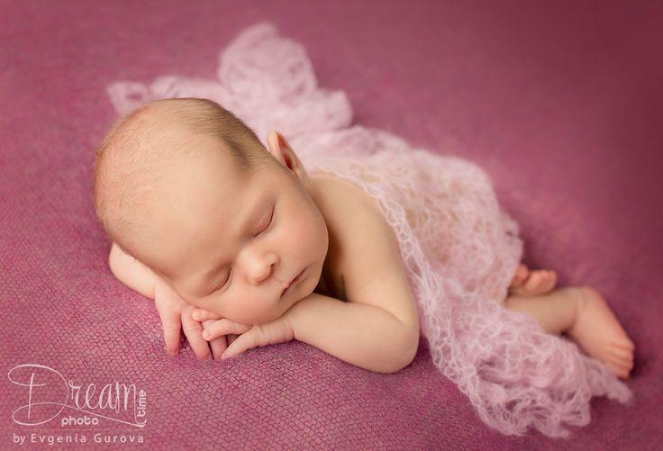 photo of newborn sleeping Ksenija