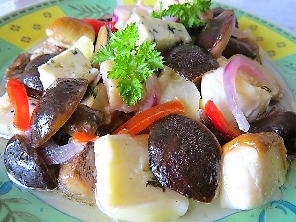 Nakládané houby se sýrem v oleji II.