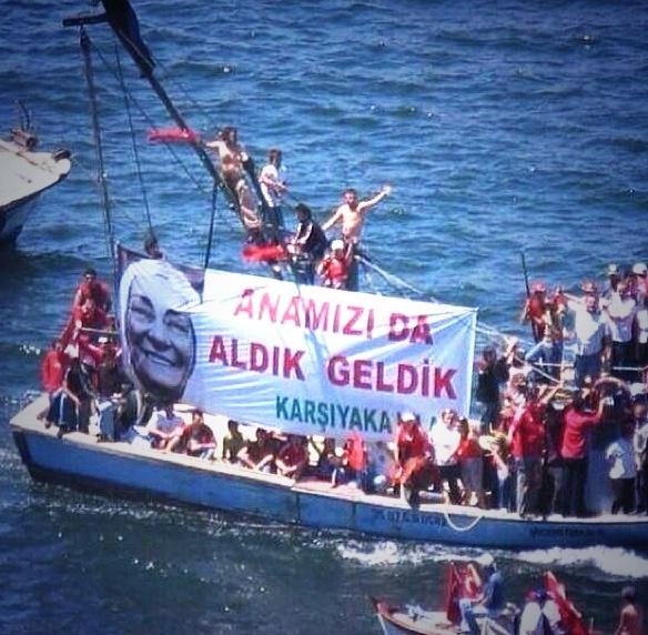 Diren Izmir #occupygezi #turkey #occupytaksim #direngeziparkı #occupyturkey #Chapulling #direngezi