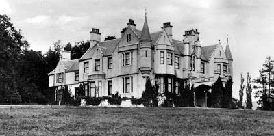 Tour Scotland Photographs: Old photograph of Garth House in Glen Lyon Perthshire, Scotland. Garth estate was bought in 1832 By Sir Archibald Campbell.