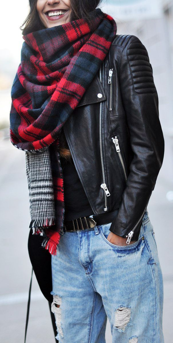 // In LOVE with this whole ensemble. Totally me!That jacket! #fashion #accessories #leather