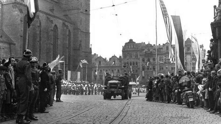 Co se tajilo a o čem je zakázáno mluvit? Konec války 1945 v Plzni... - Svět kolem nás