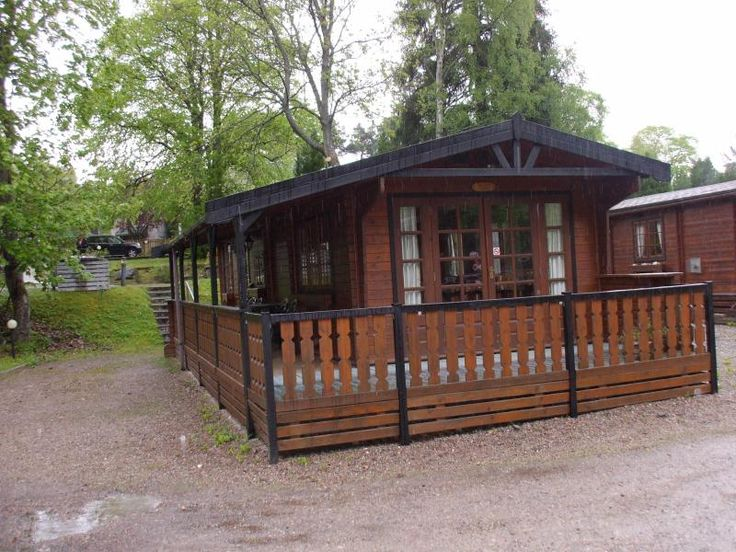 Top rated Holiday Log cabin in Dalfaber with beach/lake nearby and balcony/terrace