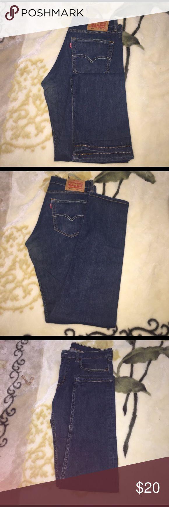 Men's Levi Jeans Comfortable, casual Men's Levi's Jeans. Style: 511 Size: W32, L32. Fabric: 98% cotton, 2% elastane. Levi's Jeans Skinny