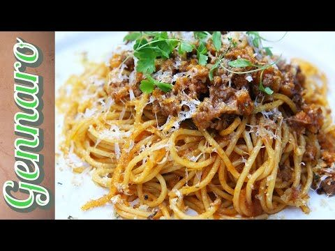 Perfect Spaghetti Bolognese with Gennaro - YouTube