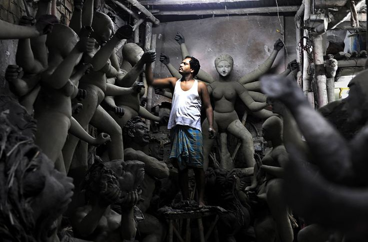 Meet the clay makers who bring the Goddess to Earth | Padhaaro