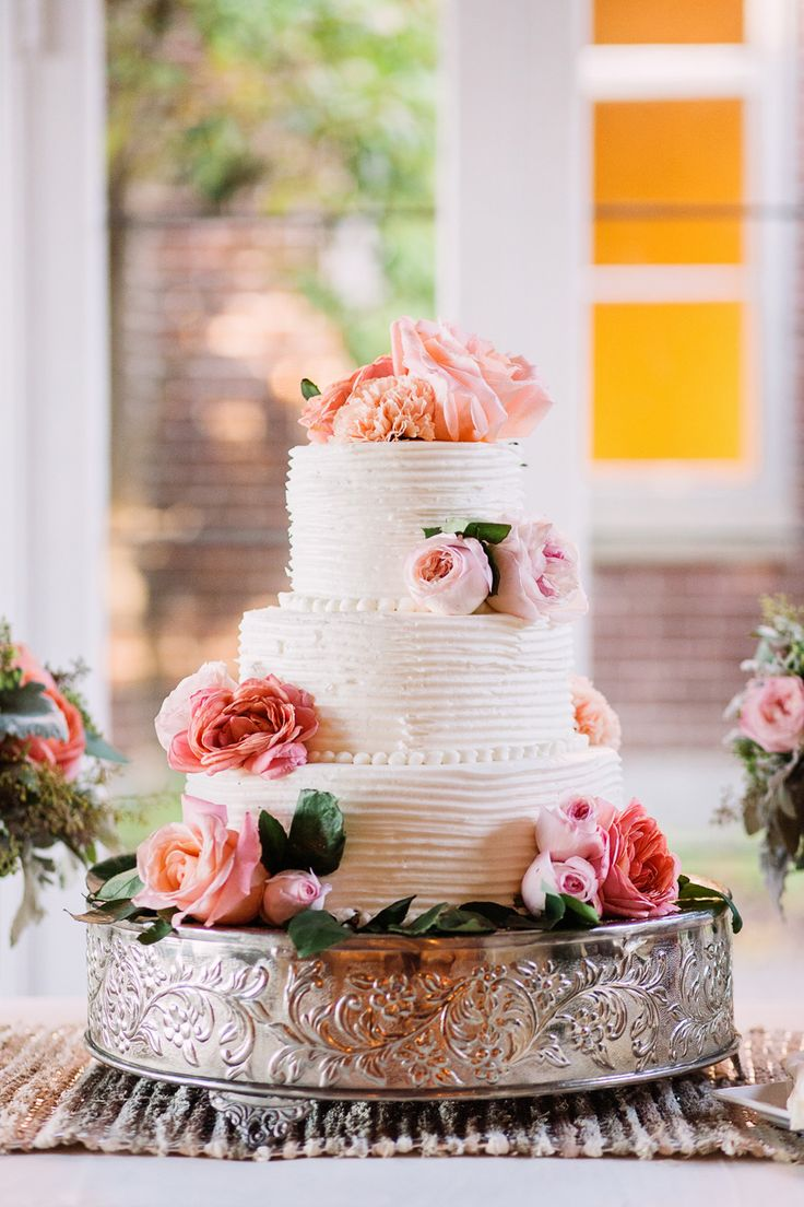 Beautiful - Classic - Wedding Cake on http://www.StyleMePretty.com/northwest-weddings/2014/04/01/romantic-tacoma-wedding-of-high-school-sweethearts/  AlantePhotography.com