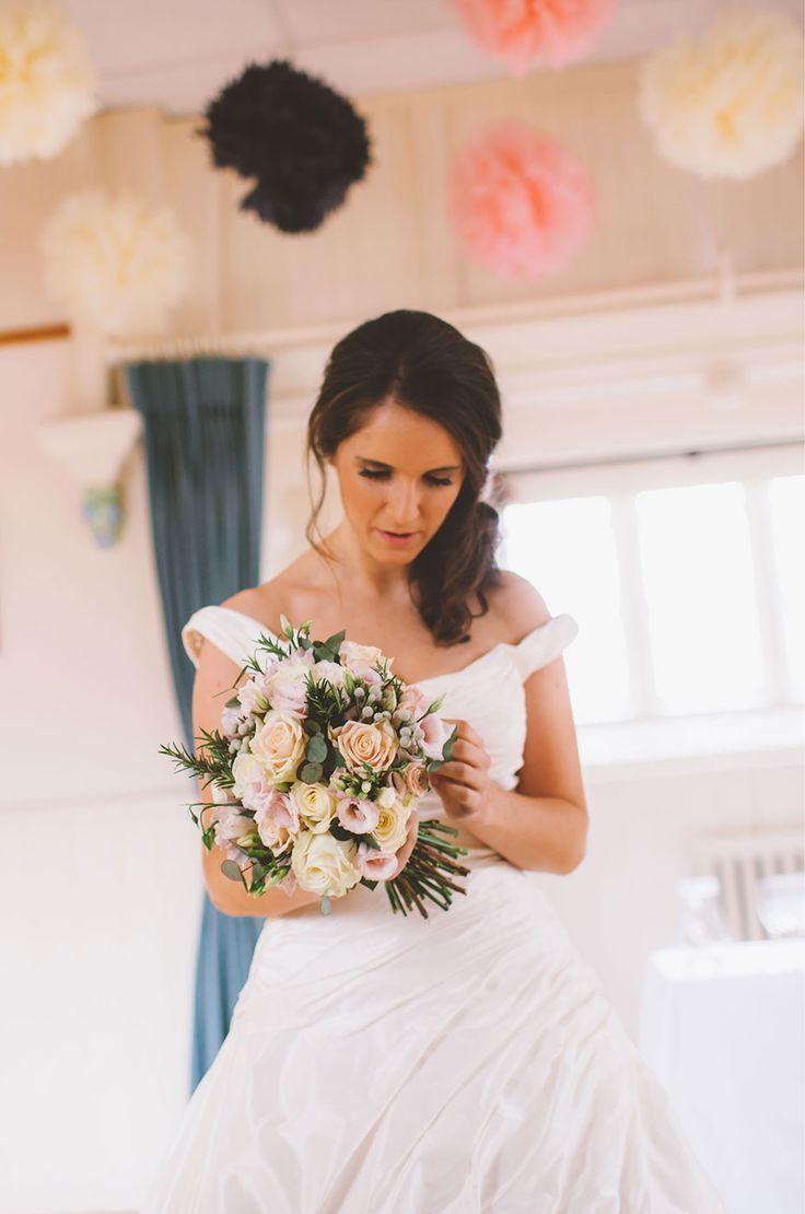 Blog » Latest Weddings by Paul Pope Photography » Rachel + Tom   Wedding Photography   Hatton Village Hall
