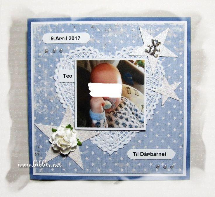Enda et par dåpskort. Det første er i blå bazzill og Maja Design mønsterpapir. Pyntet med blondeserviett, rose, charms, perler og glitt...