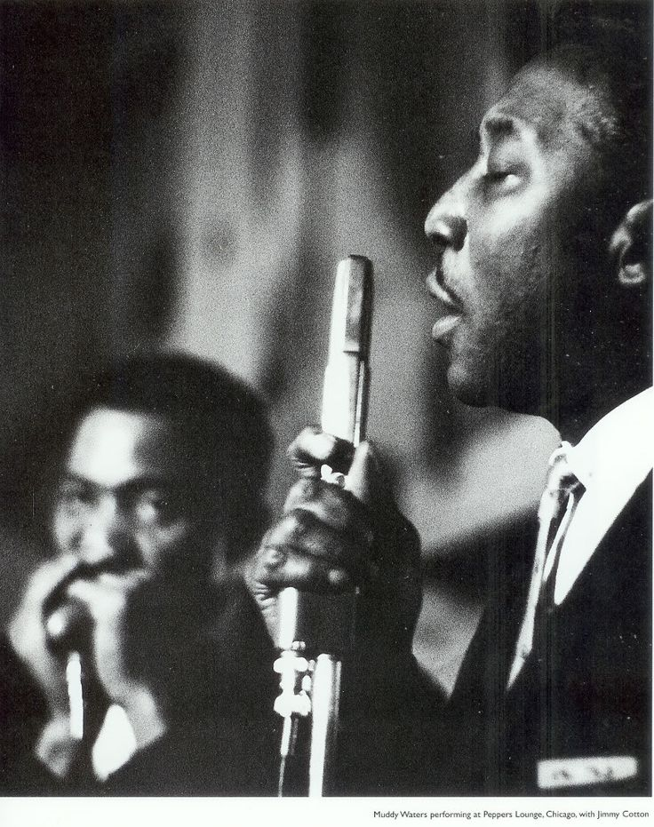 Muddy Waters with Jimmy Carson performing at the Peppers Lounge in Chicago.