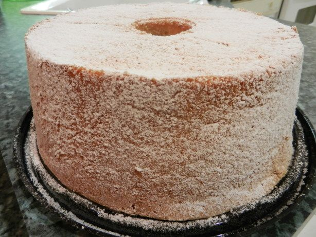 This is a delicious light and airy textured sponge cake.  It tastes just like the ones I used to buy at a portuguese bakery. Yummy served with vanilla ice cream and strawberries.
