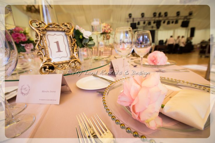 wedding plate decor  https://www.facebook.com/home.php