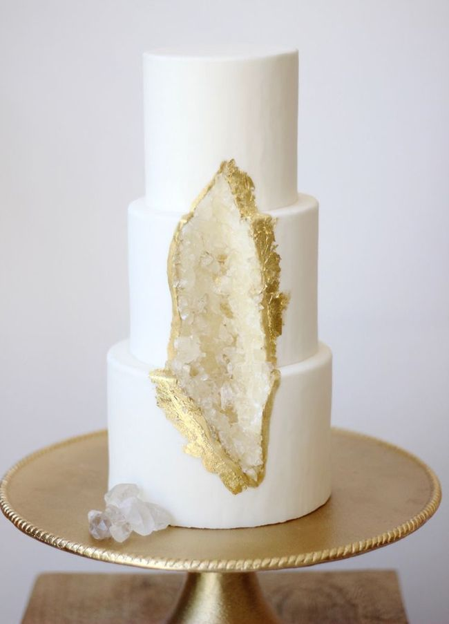 20 Geode & Crystal Wedding Cakes | SouthBound Bride | Credit: Paper Cake Events