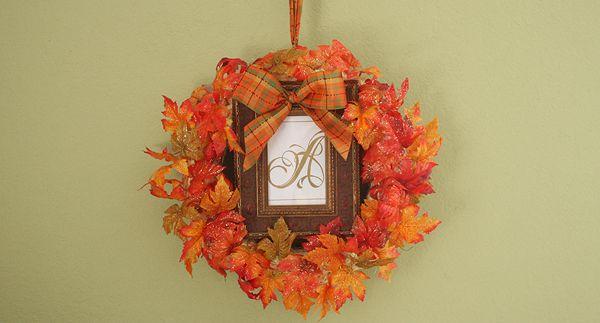 """""""It's Still Autumn"""" Monogram Wreath Craft momspark.net"""