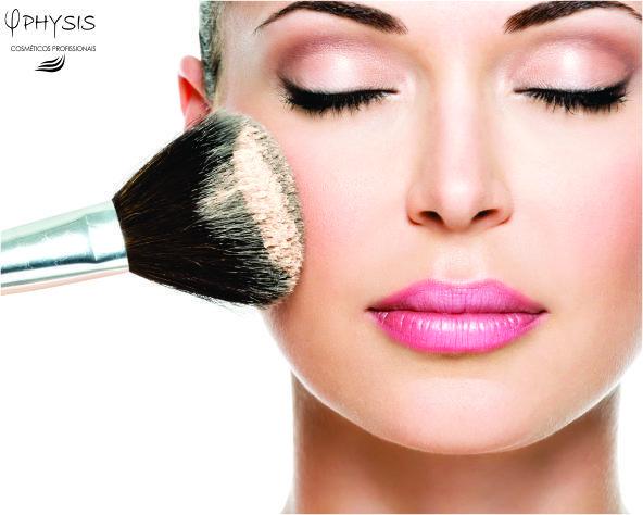 Cuidado! Maquiagens vencidas  podem causar uma reação alérgica ou até mesmo inflamações. Dependendo do cosmético, da marca, da pele e do vencimento, a pessoas que usa maquiagem fora do prazo de validade pode verificar vermelhidão, coceira, inchaço ou até mesmo bolhas. O cosmético expirado ainda pode se transformar em abrigo para diversas bactérias. No caso de lápis para os olhos, só para citar um exemplo, pode causar até mesmo conjuntivite se usado fora do prazo.