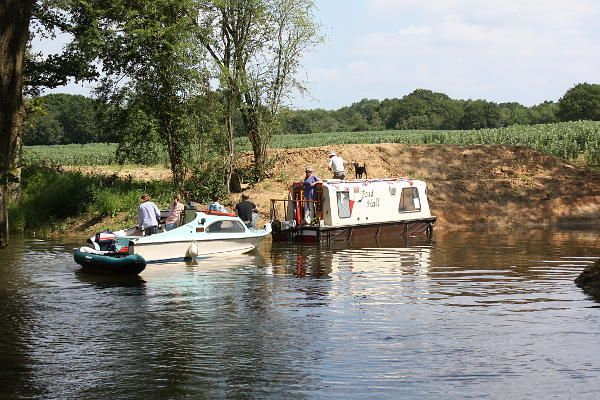 Southland Lock Opening 21st June 2014. Visiting boats in the winding hole below the lock.