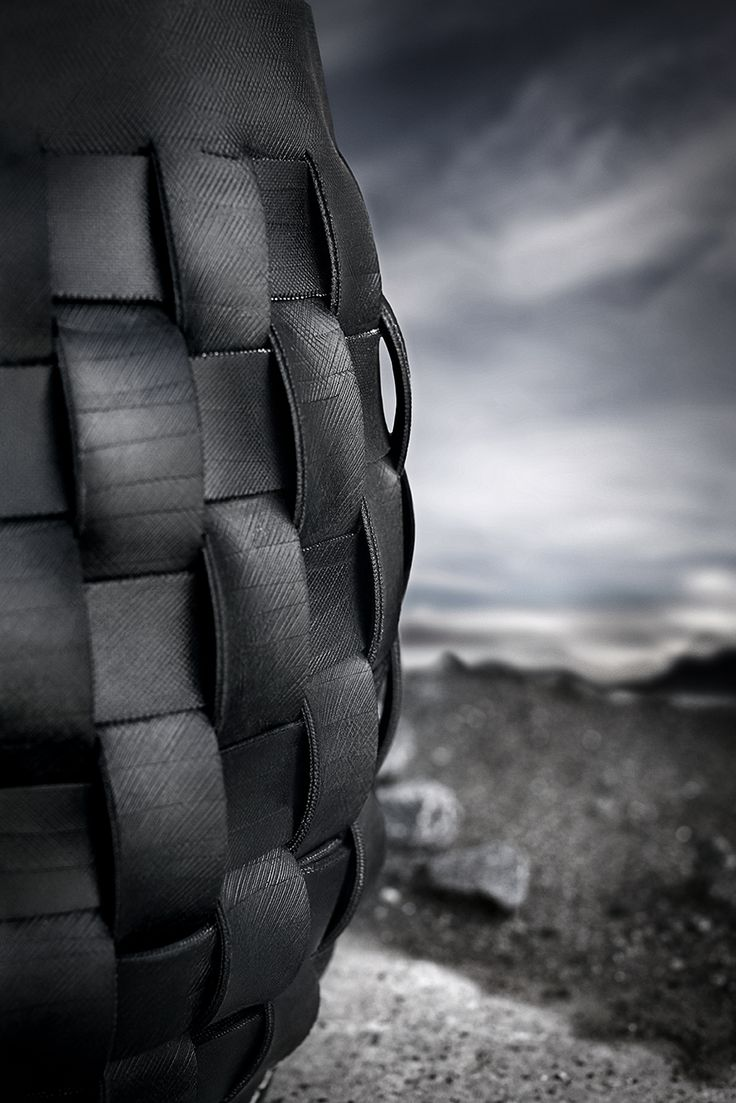 Woven tire by Dacarr by Muubs