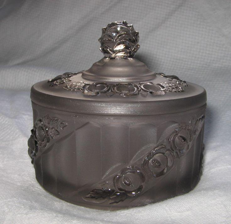 Small grey trinket pot by Reich pattern 8831 c.1934